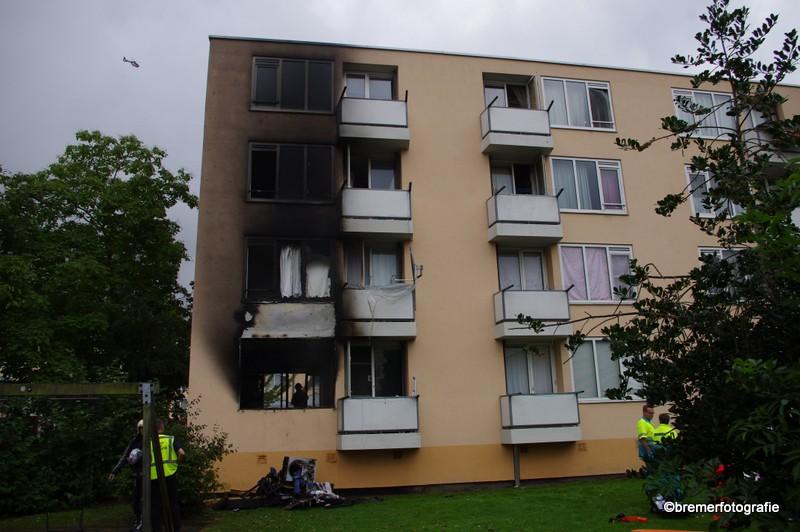 Zwaargewonde bij felle brand in Vlaardingen